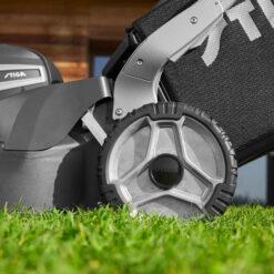 STIGA Twinclip 950 SQ AE - Ekskl. batterier og lader